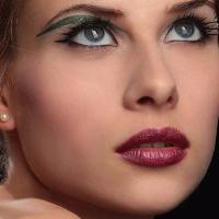 maquillage sophistiqué Courbevoie